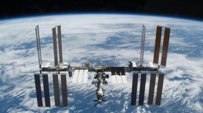 international-space-station_wide-a046c368c5ce064ffcb68c287d06addd43bfbf0b-s800-c85